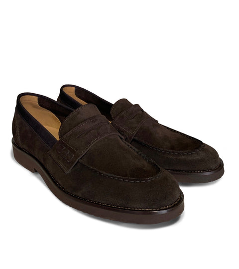 The most comfortable brown suede loafer shoes for men