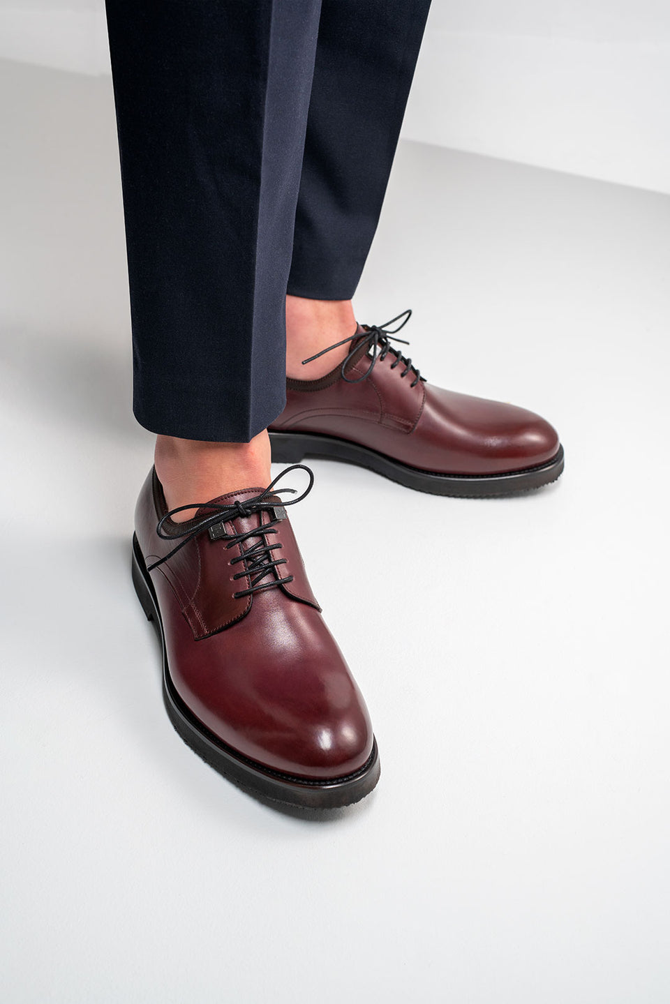 001 - Derby in Burgundy Calfskin
