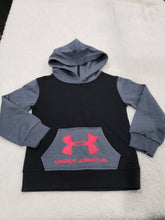Load image into Gallery viewer, Under Armour boys Hoodie LS 5t Greymulti