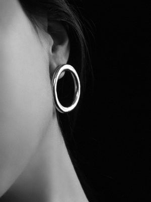 Common Muse Lia Gold Circle Earrings