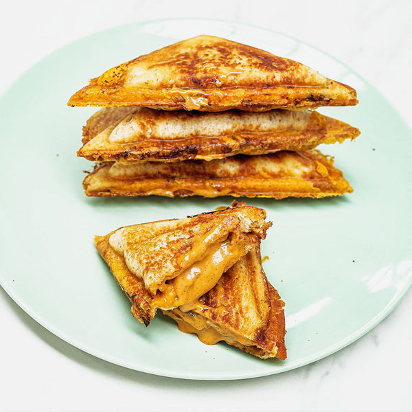 SPICY MUSHROOM TOASTIE WITH DIBBLE CHIPOTLE MAYO