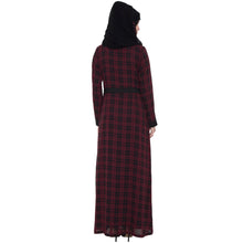 Load image into Gallery viewer, Shrug abaya- Black-Maroon check