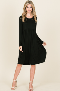 LONG SLEEVE RELAXED FIT DRESS FEATURING SHIRRING AT WAIST