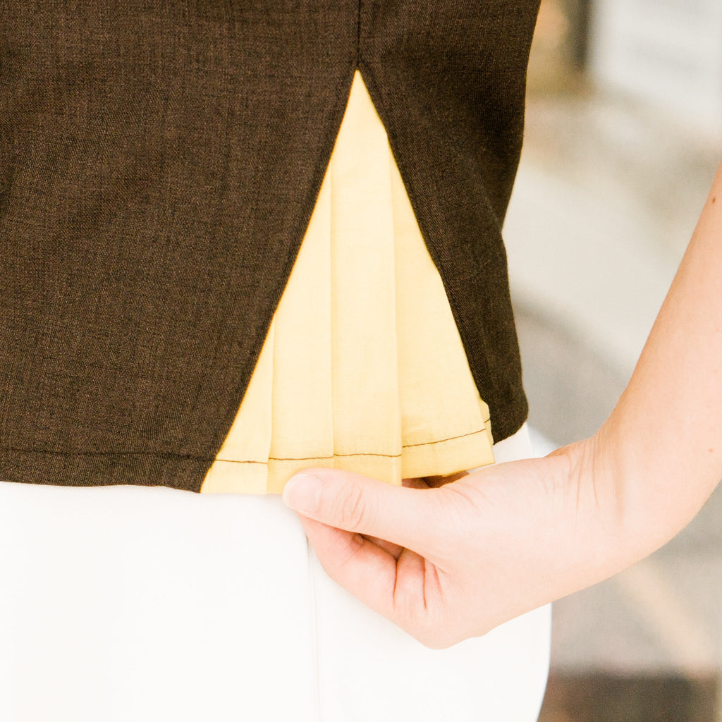 Pattern: 217 – Asymmetric Pleated Panel Top