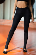 Load image into Gallery viewer, Leggings Yoga Total Black - Designed for Fitness