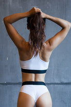 Load image into Gallery viewer, Bra Top White - Designed for Fitness