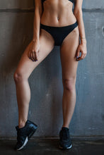 Load image into Gallery viewer, Thongs Black - Designed for Fitness