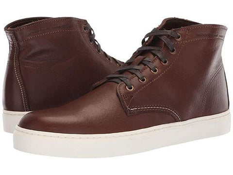 Boots version sneakers pour un look rock homme moderne