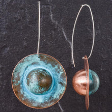 Load image into Gallery viewer, Saturn Grand Oxidized Copper Earring