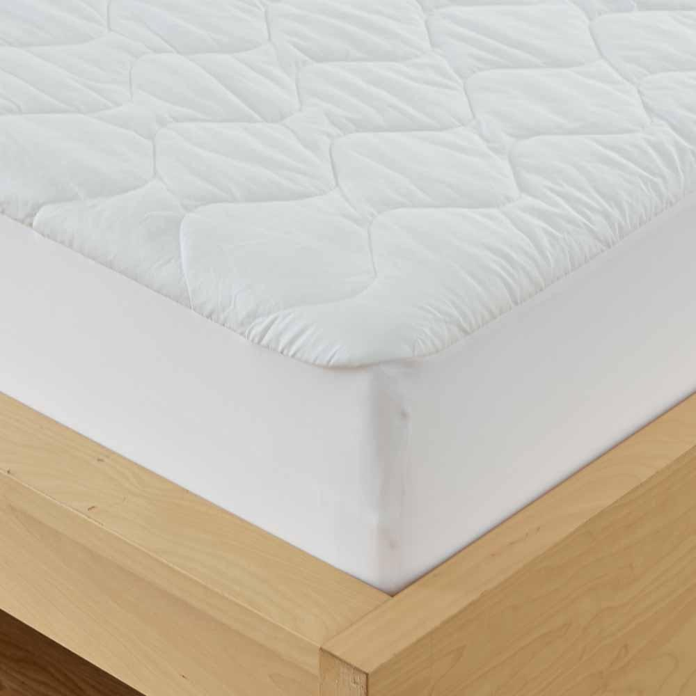 Deluxe Quilted Waterproof Mattress Pad -  Available in twin, full, queen, king and cal king