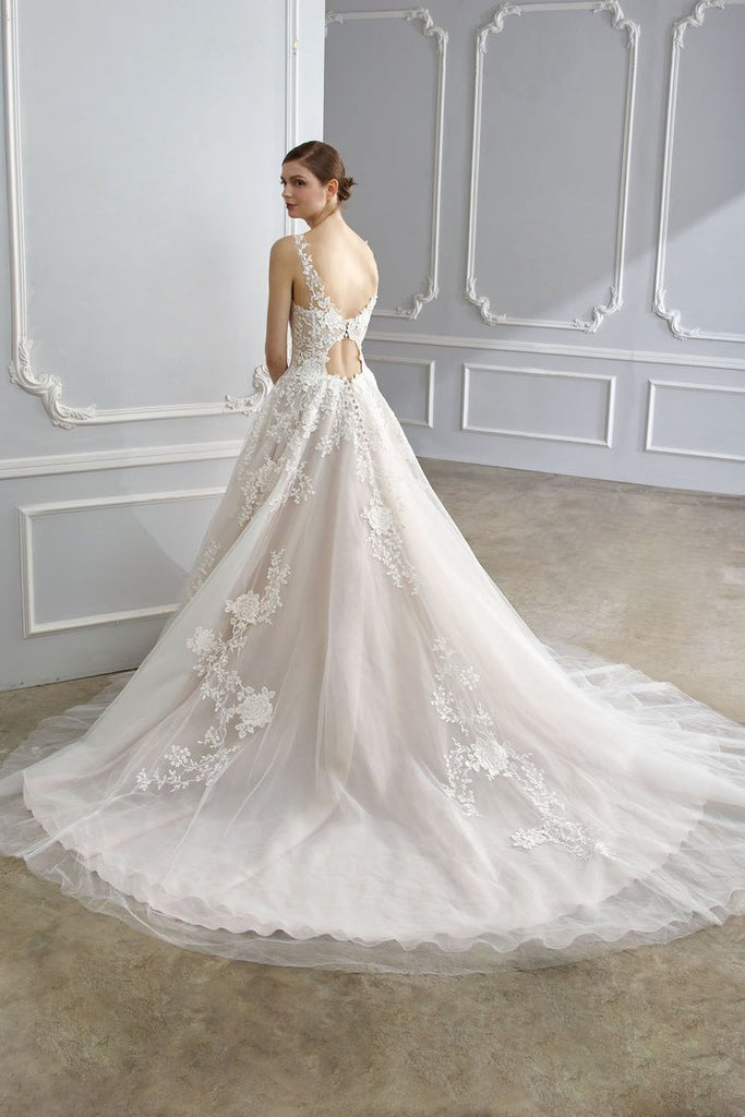 (New) Dinah Wedding Dress