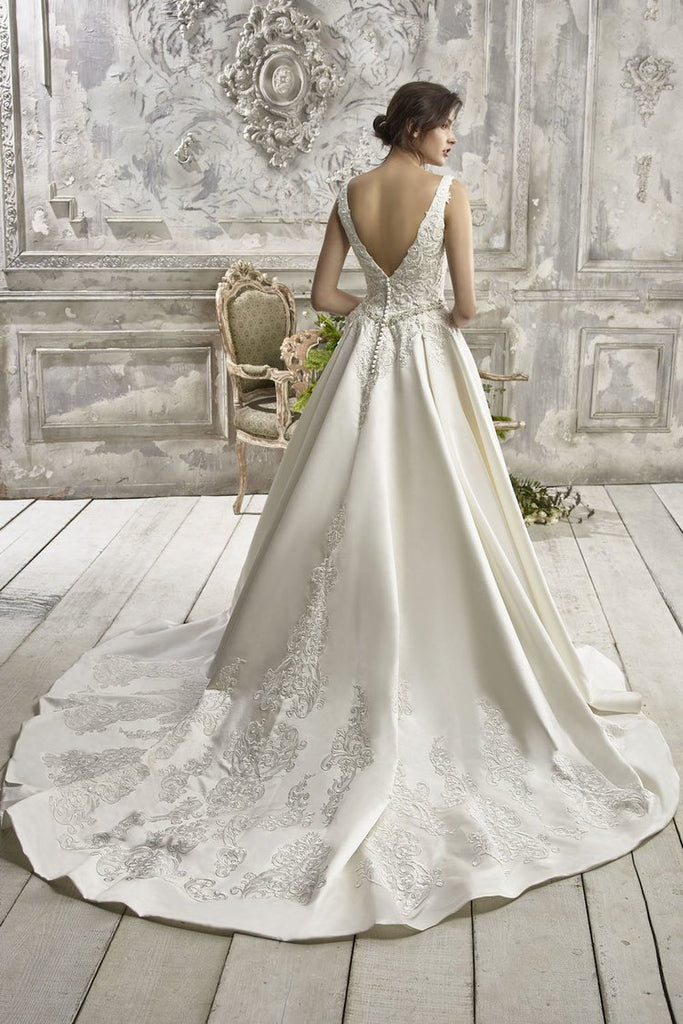 (New) Maud Wedding Dress