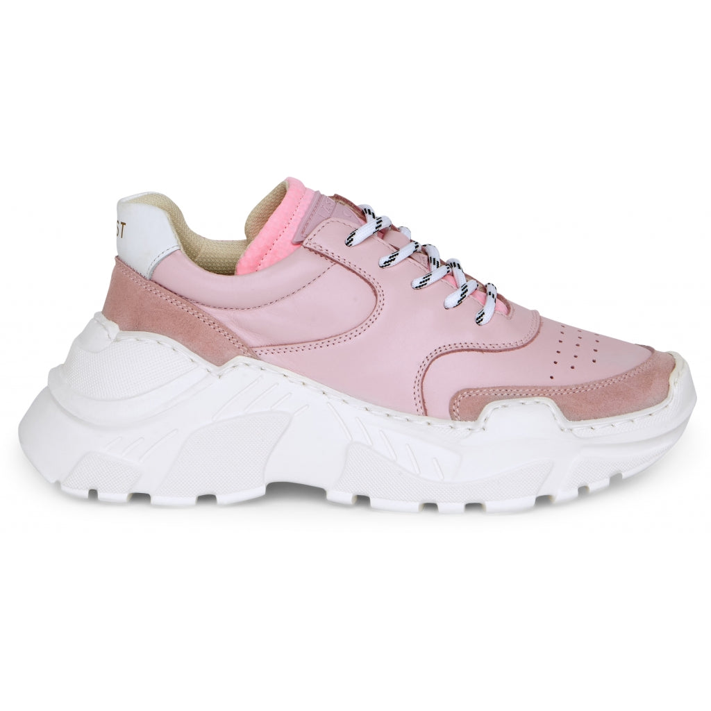 LÄST Sprint Leather Pink Low Sneakers Baby Pink