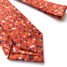 Load image into Gallery viewer, Harmen Floral Tie