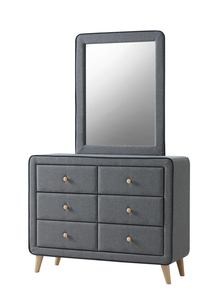 3284 Dresser with optional mirror