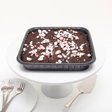 Load image into Gallery viewer, Peppermint Brownie (8 x 8 Square)