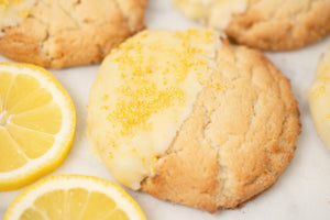 Lemon Cookie Dipped in White Chocolate (6 per Order)