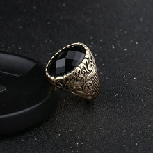Load image into Gallery viewer, Vintage Black Gem Exquisite Carved Ring