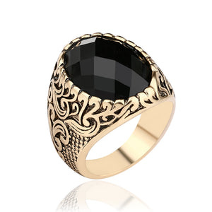 Vintage Black Gem Exquisite Carved Ring