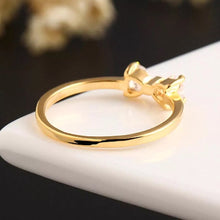 Load image into Gallery viewer, Gold Bow Vintage Ring