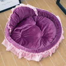 Load image into Gallery viewer, Luxury Princess Pet Bed
