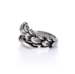 Chic Feather Ring