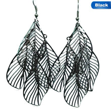 Load image into Gallery viewer, Leaves Pendant Earrings