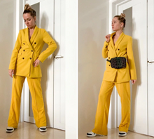 Load image into Gallery viewer, Yellow Blazer Pockets