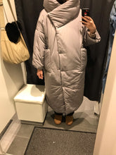 Load image into Gallery viewer, Windproof Female Coat