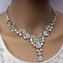 Load image into Gallery viewer, Elegant Floral Bridal Jewelry Set