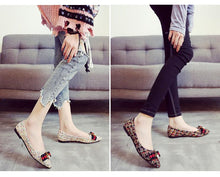 Load image into Gallery viewer, Women's Elegant Flat Shoes
