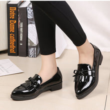 Load image into Gallery viewer, Women Low Heels Fashion Bowtie