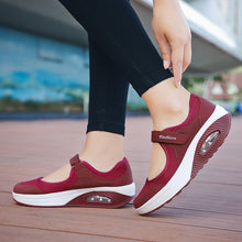 Load image into Gallery viewer, Woman Breathable Mesh Casual Shoes