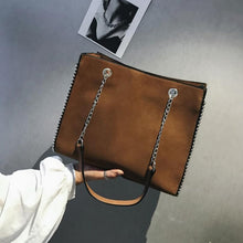 Load image into Gallery viewer, Chain Shoulder Bag - Zalaxy