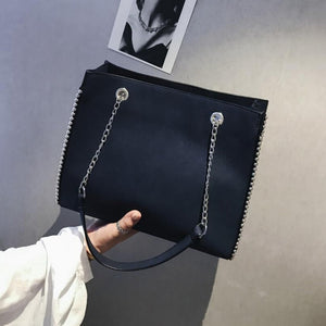 Chain Shoulder Bag - Zalaxy