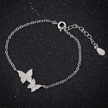 Load image into Gallery viewer, Elegant Crystal Butterfly Bracelet