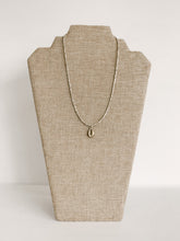 Load image into Gallery viewer, Metal Cowrie Layer Necklace