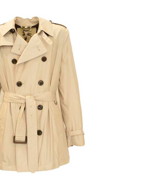 Trench Burberry corto con interno check