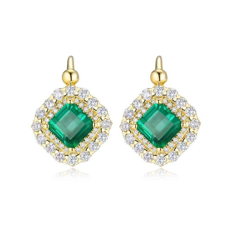 Alluring 2.6 Ct deep green Emerald clip on-earrings with 18k yellow gold & diamond