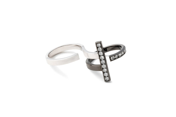 Stand Double Finger Ring_BLK × White Dia 0.55ct
