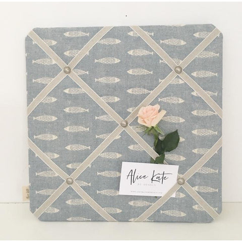 French Memo Board ~ Pez (Little Fish)