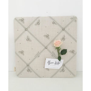 French Memo Board ~ Busy Bees