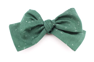 September Green Bow