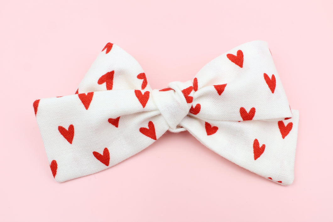 Red Hearts Petite Bow