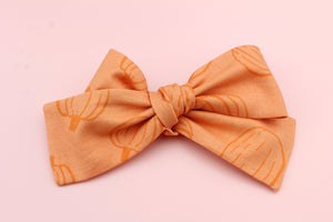Pumpkin Medium Bow