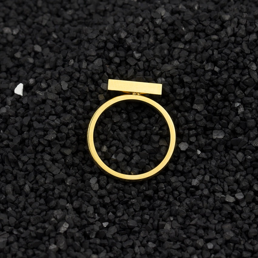 2019 New Minimal, Thin-Cubic-Bar Ring
