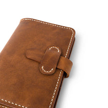 Load image into Gallery viewer, Leather Field Notes Passport Cover | English Tan-04
