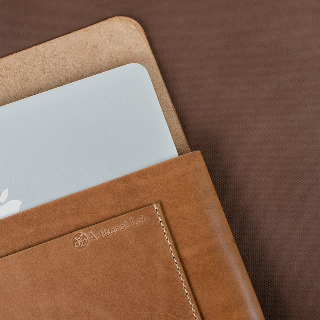 Macbook Pro 15-inch Leather Case | Saddle Tan-07