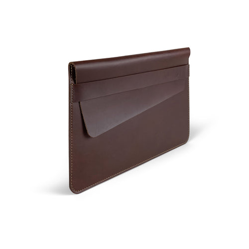 Leather laptop cases and sleeves