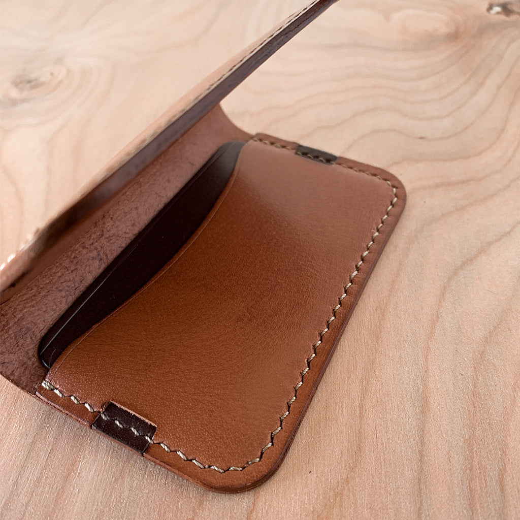 Leather minimalist card wallet- tan